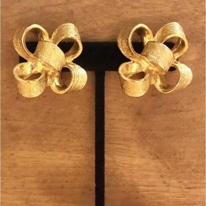 Vintage Kenneth Jay Lane Earrings Bow Clip-On